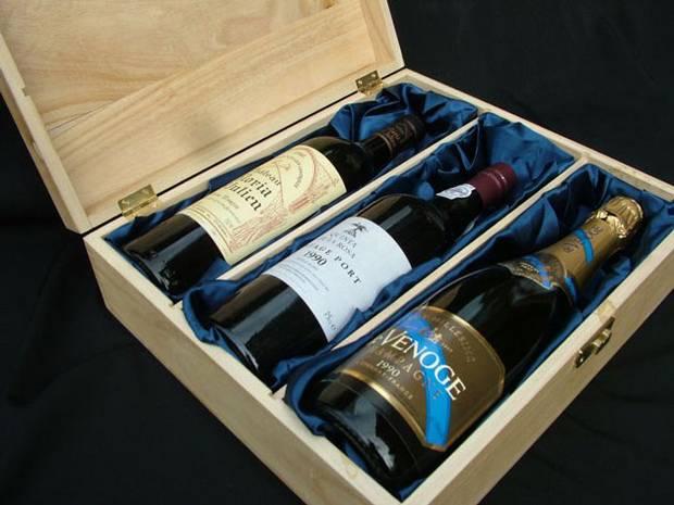 Romantic wine gift