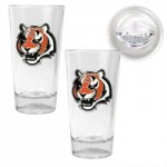Cincinnati Bengals 2 Piece Pint Glass Set with Football Bottom