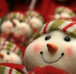 How do different countries celebrate christmas?