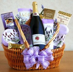 creative ideas for gift baskets for women