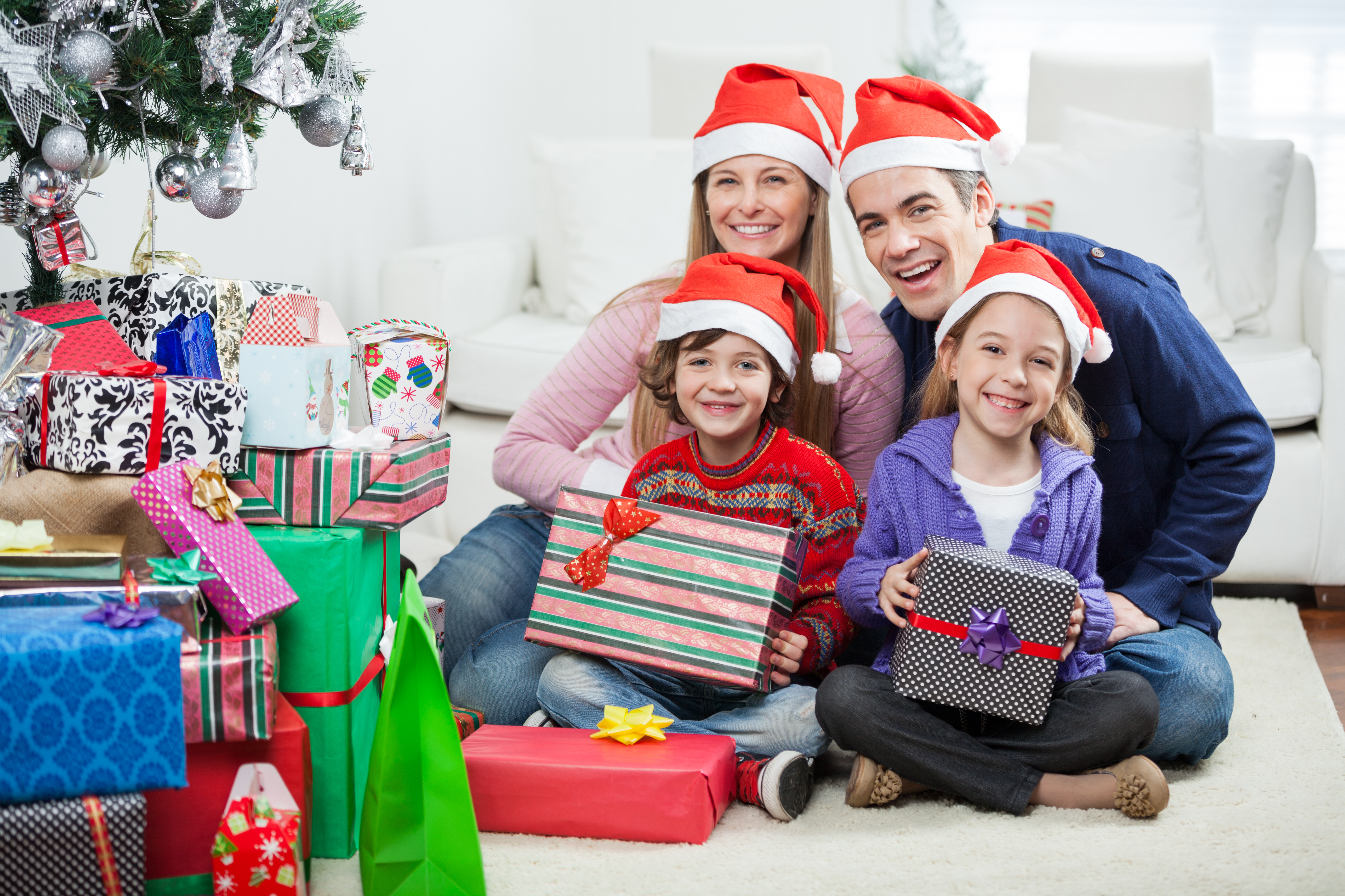 Ultimate Guide to Buying Christmas Gifts Your Recipients ...