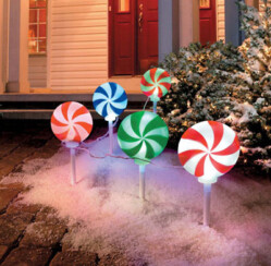 Christmas Decorations to Deck the Halls