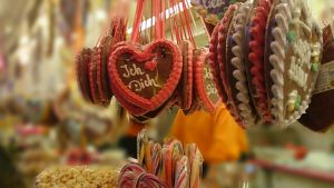 gingerbread-heart-499406_640