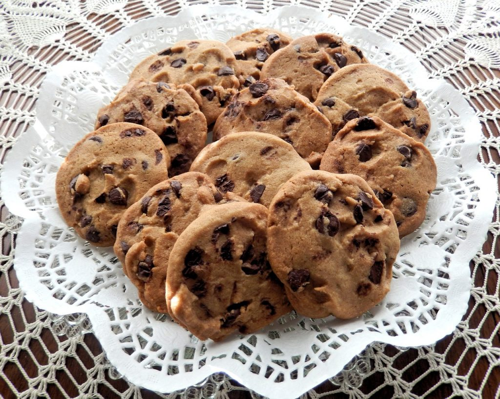 chocolate-chip-cookies-940428_1280