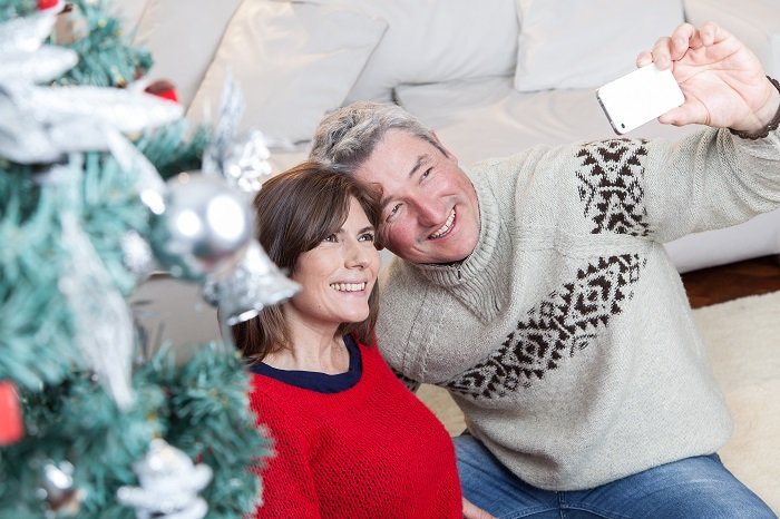 if you know someone living in a nursing home or assisted living facility these christmas visit tips will help you share meaningful christmas gifts this