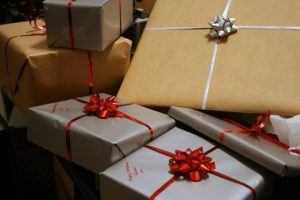 presents-1058800_1280