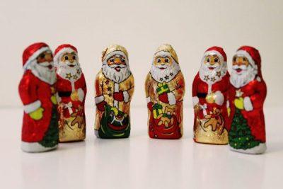 santa-clauses-1101213_1280
