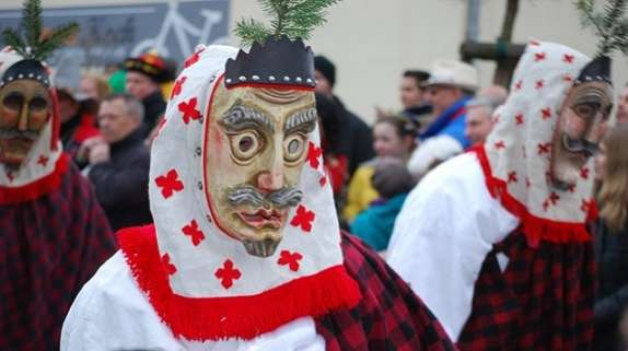 fun Christmas facts Mummer