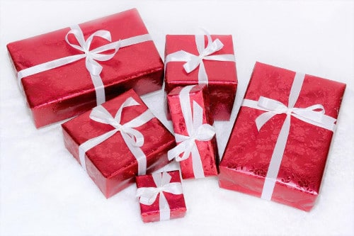 Christmas Presents for Friends Abroad | Christmas Gifts