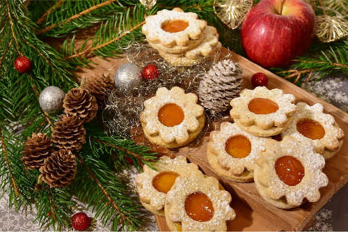 Christmas Butter Cookies: Shortbread and Linzers