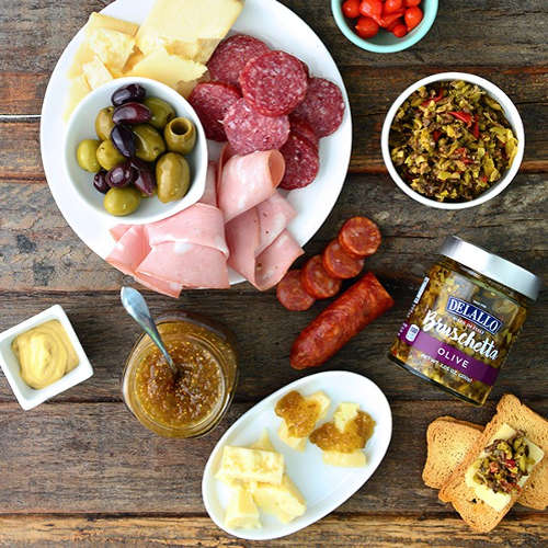 Classic Cured Meats and Antipasto Accents Gift Collection