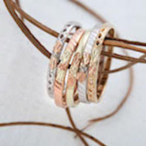 Black Hills Gold Plain Stackable Rings Set